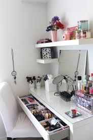 Makeup Organizer Desk 5 Diy Makeup Organizer Ideas Diy Makeup Organizer Diy