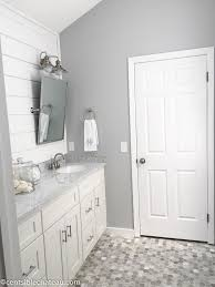 What Color To Paint A Small Bathroom by Best 25 French Bathroom Ideas Only On Pinterest French Country