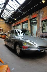 citroen classic ds 90 best citroën ds images on pinterest citroen ds car and