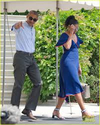 obama family heads to martha u0027s vineyard for summer vacation photo