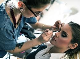 how to become a licensed makeup artist how to be a freelance makeup artist freelance makeup artist