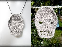 diy crochet skull necklace and bunting diy crafts necklace