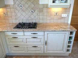 cuisine en naturelle de travail granit beige 7 avec marbre ou cuisine naturelle et