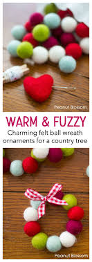 warm and fuzzy felt wreath ornaments that make you want to
