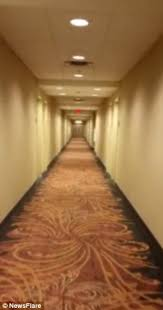Lights Flickering In Whole House Haunted U0027 Hampton Inn Hotel Guest Captures Eerie Flickering Lights