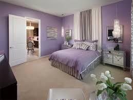 chambre violet et chambre mauve et beige free deco chambre violet et jaune deco