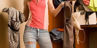 the average woman owns over 500 worth of unworn clothing new