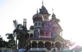 hkdl mystic manor part two the victorian mansion that inspired