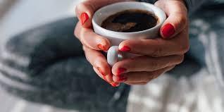 menyusui larangan menyusui amankah jika ibu menyusui minum kopi
