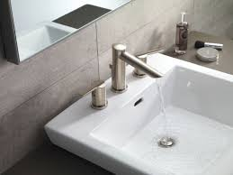 faucet com 3561 ssmpu dst in brilliance stainless by delta
