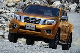 nissan navara 2017 custom renault pickup truck confirmed for 2016 will be based on nissan