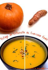 cuisiner curcuma frais 1 recette de soupe potage de citrouille au curcuma frais et au cari