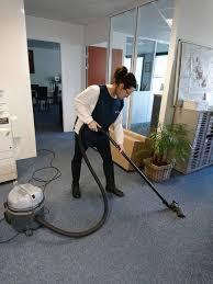 femme de m駭age bureau femme de ménage pour le nettoyage de vos bureaux sur la zone techlid