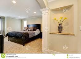 Schlafzimmer Wand Elegantes Schlafzimmer Mit Bogen Und Verzierte Nische In Der Wand