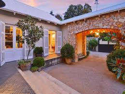 luxury style homes a gracious hamptons style home in sandhurst south africa luxury