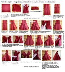 serviette en papier vintage pliage de serviette en papier en forme de robe de soirée plier