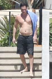 Zach Braff Meme - zach braff enjoys the sun during 41st birthday holiday in mexico