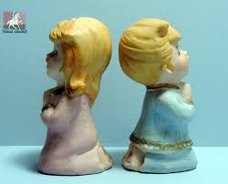 homco 5211 praying boy and pair of vintage ceramic figurines