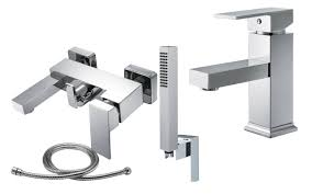 Wandarmatur Bad Eckig Design Bad Zimmer Dusche Waschtisch Wanne Duschkopf Schlauch