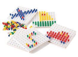 peg board peg board set 1000 pegs and 5 base boards curious kids