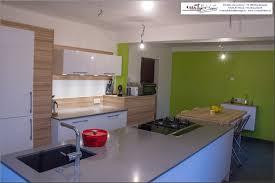 plan de travail cuisine blanc brillant renovation cuisine plan de travail grande cuisine blanc brillant et