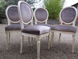 chaises medaillon relooking de chaises médaillon dans l air du temps tapissière