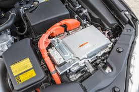 lexus hybrid battery check 2015 toyota camry hybrid first test motor trend