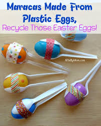 Easter Decorations With Plastic Eggs by Maracas Made From Plastic Eggs Recycle Those Easter Eggs