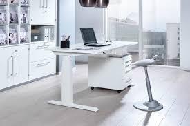 Schreibtisch Eckig Wellemöbel Up U0026down 3 Schreibtisch Höhenverstellbar Möbel Letz
