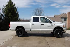 2005 dodge ram 3500 slt huge lifted 4x4 diesel on 37s dodge ram