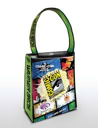 warner bros shows off their ridiculously oversized bags for comic
