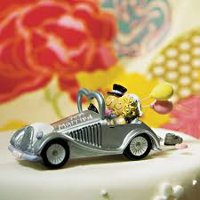 car wedding cake toppers silver convertible get a way car wedding cake topper