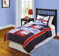 hockey bedroom ideas 19 best hockey bedroom images on pinterest hockey bedroom