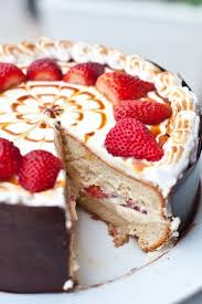 strawberry tres leches cake bakery patisserie pinterest cake