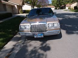 old parked cars 1986 jeep 1986 lincoln continental 5 0 u2013 roadside rambler