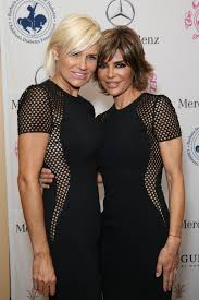 how tall is yolanda foster hw update lisa rinna and yolanda foster get into a huge twitter fight
