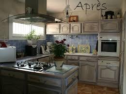 peindre une cuisine en bois repeindre cuisine bois rayonnage cantilever