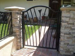 hog wire panels amazing hog wire handrail houzz hog wire deck