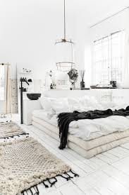 White Bedrooms Pinterest by Best 25 Scandinavian Bedroom Decor Ideas On Pinterest
