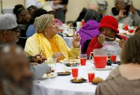 25th annual thanksgiving dinner serves 2 000 at oakland