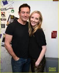 anne heche u0026 jason isaacs premiere u0027dig u0027 in new york city photo