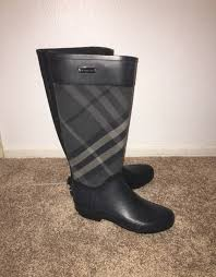 burberry clemence rain boot size 37 mercari buy u0026 sell things