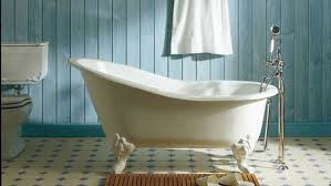 luxury bathtub with legs for a contemporary classic look in
