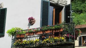 Balcony Planter Box by Flower Box For Balcony U2013 Turn Your Balcony Into A Garden Hum Ideas