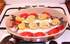 cuisiner un bar recettes de poisson de pâques les recettes les mieux notées