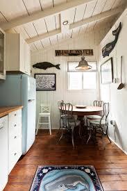 Coastal Cottage Kitchen - coastal cottage on martha u0027s vineyard u2013 a cottage dream