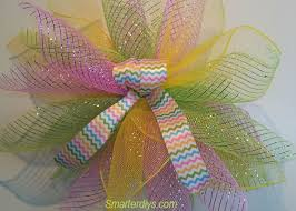 geo mesh you ll the colors of this easy to make geo mesh wreath