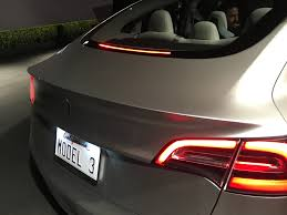 tesla u0027s model 3 reservations rise to almost 400 000 fortune