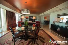 the one bedroom tower suite at the mirage hotel casino oyster com