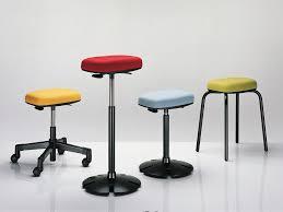 Schreibtisch Mit Rollen Stoff Arbeitshocker Metall Polster Mit Rollen B Free